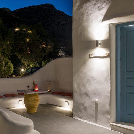 http://hotelglarosios.gr/wp-content/uploads/2017/02/3-6-540x540.jpg