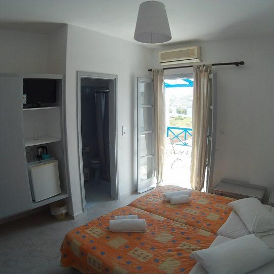 http://hotelglarosios.gr/wp-content/uploads/2017/02/DoubleSeaView39_0003-540x540.jpg