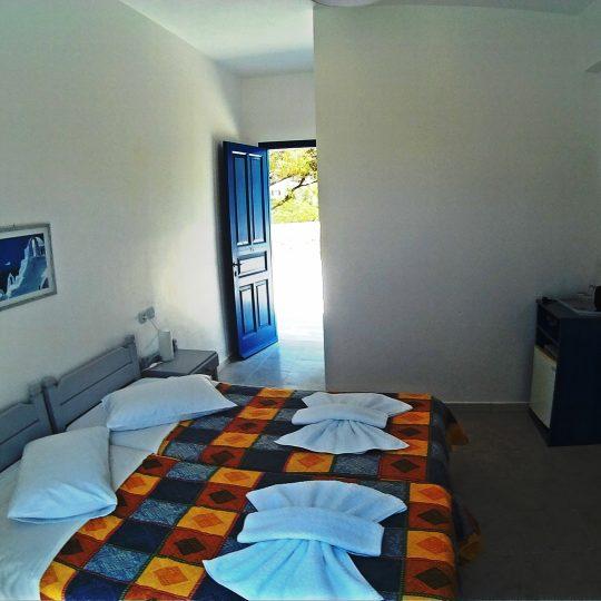 http://hotelglarosios.gr/wp-content/uploads/2017/02/DoubleStandar35_0011-540x540.jpg