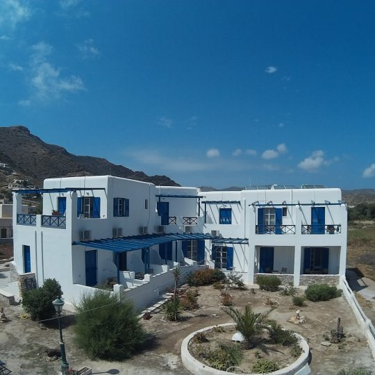 http://hotelglarosios.gr/wp-content/uploads/2017/02/Hotel_0011-540x540.jpg