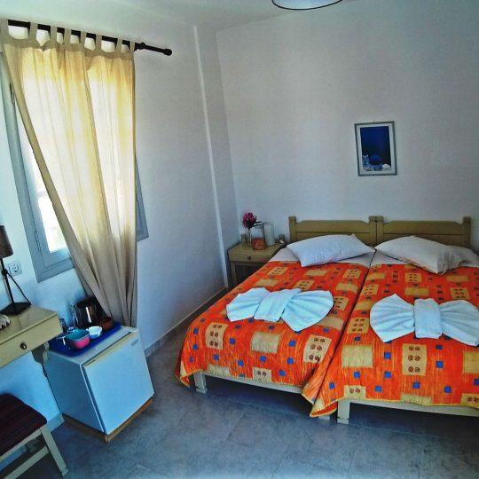 http://hotelglarosios.gr/wp-content/uploads/2017/02/SeaView41_0001-540x540.jpg