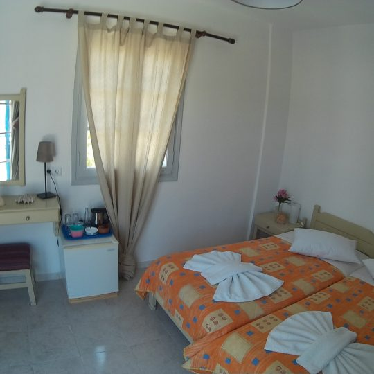 http://hotelglarosios.gr/wp-content/uploads/2017/02/SeaView41_0007-540x540.jpg