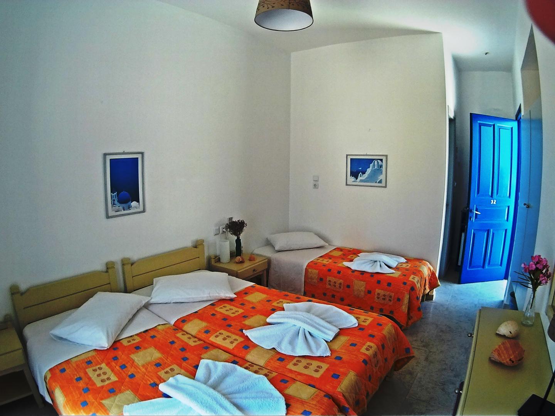 http://hotelglarosios.gr/wp-content/uploads/2017/02/TripleStandar32_0005.jpg